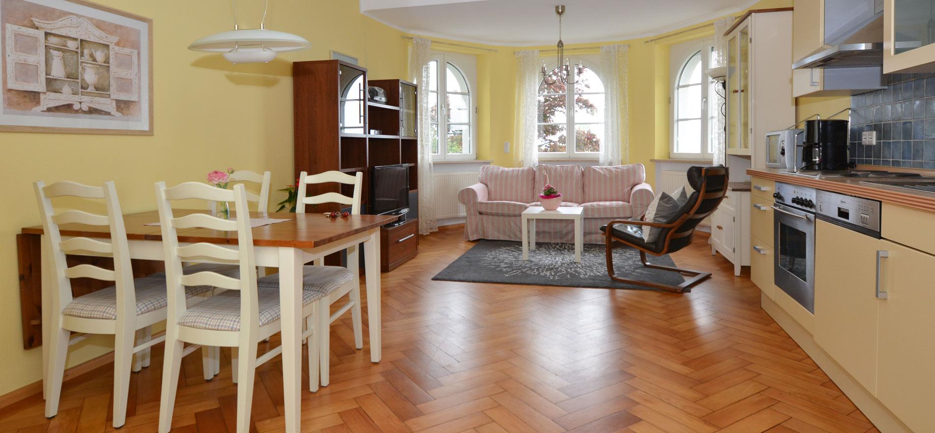 Ferienwohnung Pfarrhaus in Meersburg - Wohnung 3 1