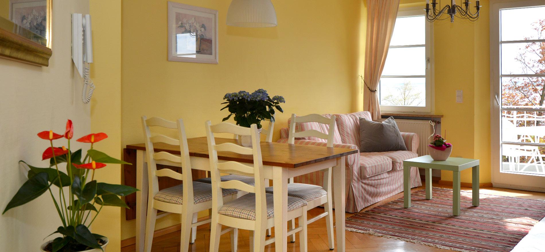 Ferienwohnung Pfarrhaus in Meersburg - Wohnung 5 1